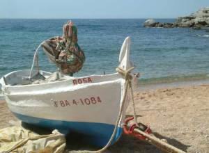 barca-tossa-de-mar